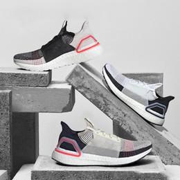 zapatillas marrones Rebajas Nuevo 2019 Zapatillas para hombre 19 Mujeres Oreo REFRACT True Pink Clear Brown Dark Pixel Trainer Sports Sneakers 36-45