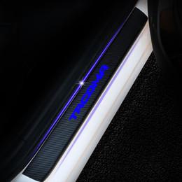 Sill toyota on-line-Limite da porta Porta Entry GuardFor Toyota Tacoma 4D Fibra De Carbono Adesivo de Vinil Porta Do Carro Sill Scuff Plate Acessórios Do Carro 4 Pcs