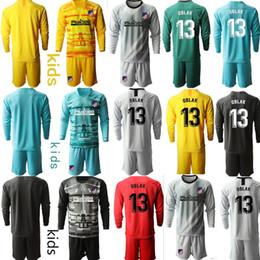 set sportivi per ragazzi Sconti Personalizzato Atletico de Madrid 13 Oblak kit bambini portiere di calcio dei bambini di calcio maglie a manica lunga Uniformi Ragazzo infantile del bambino Sport Sets