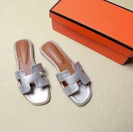 zapatos de algodón Rebajas 2019 neta roja nueva H moda cien partido zapatos de falda de hadas h zapatillas ropa de verano mujer playa sandalias de fondo plano 35-43