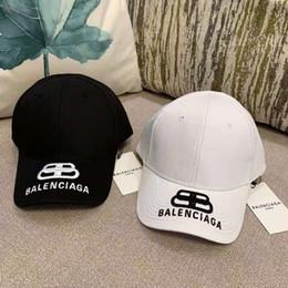 Nuovo design di lusso Cappelli da baseball per cappelli da papà da uomo e da donna Lettera Famosi marchi Cappello regolabile da golf in cotone con teschio regolabile da