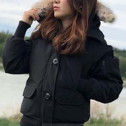 Chaqueta con capucha de invierno para mujer Abrigo de bombardero Mujer Diseñador de marca Chaquetas cálidas al aire libre Parkas de lujo Buena venta desde fabricantes
