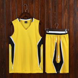 Vestiti grigi rossi online-2020 grey NCAA Men Basketball Jerseys Breathable Match Suit College Team Sport Kits Black Red Customized Design Wholesale