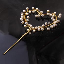 Decorações românticas para mesa de aniversário on-line-Bolo de pérola decorações de casamento em forma de coração de ouro de mesa de sobremesa de aniversário romântico decoração do partido moda simples cartão de inserção 4 2hjD1
