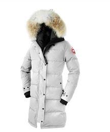 2019 las mujeres se cubren de ganso Moda abrigo de invierno caliente de la capa Goose Chilliwack Bomber ganso chaqueta de bombardero Parka reales de la Mujer de Down piel de coyote Parkas de alta calidad rebajas las mujeres se cubren de ganso