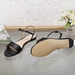 Pantofole in boemia online-Nuovi sandali da donna alla moda Sandali alla moda Bohemian Diamond Slippers Donna Flats Infradito Scarpe Summer Beach Sandals35-42