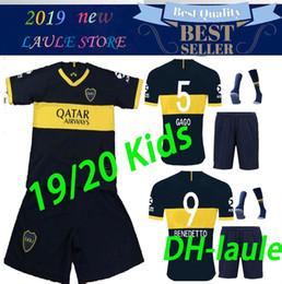 Boca juniors uniformes de futbol online-2019 2020 Boca Juniors Home kit de niños Camisetas de fútbol Uniformes Hombres Calidad tailandesa Jersey de fútbol Lejos GAGO TEVEZ Pantalones cortos de fútbol + calcetines