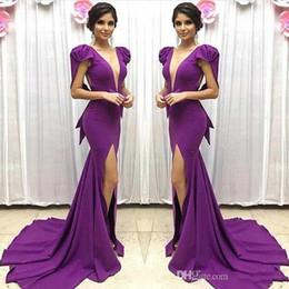 Vestido de noite roxo vestido cape mangas on-line-2018 elegante Roxo Manga Curta Vestidos de Baile Sexy Side Dividir Cape sereia longo formal vestido de noite Com Grande Arco barato árabe Plugging vestido