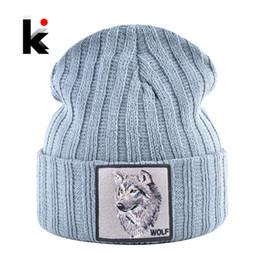 Beanie lobo on-line-de homens Beanie Com Lobo patch de outono malha Skullies Caps Mulheres Inverno suave Knit Bonnet Gorros Hip Hop moda Gorras Chapéus