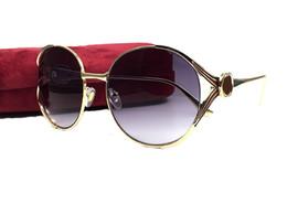 Avvolgere occhiali da sole online-Occhiali da sole avvolgenti in lega di moda per le donne Occhiali da sole con personalità da donna Nuovi occhiali da vista vintage di marca italiana con astuccio