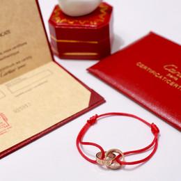 розовые цветы Скидка France C Home 19ss Новые женские браслет с красной веревкой Любовное письмо Розовое золото Серебряные браслеты с подвесками