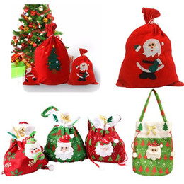 weihnachtskisten ornamente großhandel Rabatt Hot Fashion Frohe Weihnachten Santa Sack Geschenk präsentiert Tasche Weihnachtsbaum Süßigkeiten Taschen Weinstrumpf Flasche Geschenk Tasche Weihnachtsdekoration
