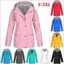 Argentina Estilo cálido nuevo otoño y ropa de tormenta de invierno tres en uno de dos piezas al aire libre estilo montañismo chaqueta Suministro