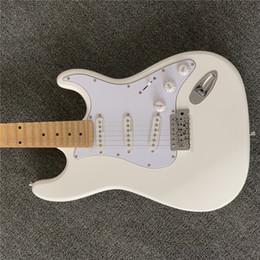 Chitarra Signature per artista personalizzato di spedizione gratuita, Ritchie Blackmore, chitarra elettrica ST bianca grigia degli anni '70, tastiera smerlata, manico a 3 bulloni da