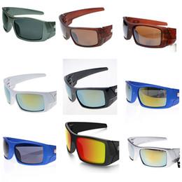 182d844f7cb7e Branco Ciclismo Óculos De Sol Embrulhe Óculos De Sol Da Marca Popular  Bicicleta Óculos de Sol Óculos de Equitação Óculos de Snowboard Boa  Qualidade 10 PCS ...