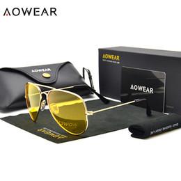 2020 occhiali da sole piloti AOWEAR Marca 3025 occhiali per la visione notturna occhiali polarizzati per la guida Aviation Occhiali da sole gialli Uomini Pilot Night Vision Eyewear sconti occhiali da sole piloti