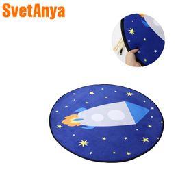 Rocket Space Stars Tapis de jeu En polyester Tissu Rond Couverture Salon Chambre Tricoté Tapis Enfants / Enfants Rampant Tapis ? partir de fabricateur