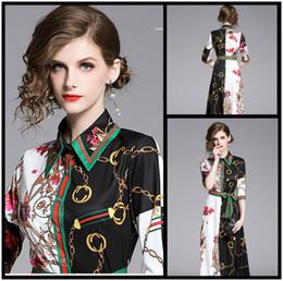 Belles robes de soirée pour les femmes en Ligne-Style de la rue de luxe de la mode féminine Maxi Dress imprimé Élégant bouton Avant col revers Lady Sexy Slim piste piste robes de soirée