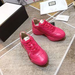 Canada 2019 Haute qualité couple modèles concepteur classique hommes et femmes chaussures plates top marque de mode chaussures de sport de luxe respirant chaussures de sport Offre