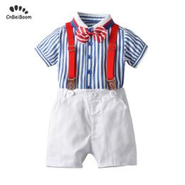 Pantalones cortos de niños británicos online-Conjuntos de ropa para bebés estilo británico 1 2 3 4 Años niños niños conjunto de camisas niños rayas tops pantalón corto con cinturón traje de caballero