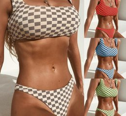 2019 biquíni laranja bandeau Flat Chest Lattice Swimsuit Mulheres Biquíni Sexy Dividir Body Swim Desgaste Apertado Montagem Elastic Nylon 4 Cores LJJZ342