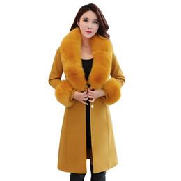 Primavera mujer abrigos de piel online-Alta calidad Primavera Otoño Mujer Abrigo de lana Gabardinas largas y delgadas Chaquetas femeninas Collar de piel grande jaqueta feminina NW1314