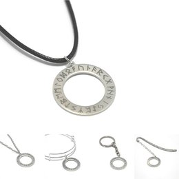 Collana di talismano online-Collana con pendente a forma di cerchio Rune Logo Emblem Elder Futhark Amulet Runes Talisman portachiavi con braccialetti portachiavi