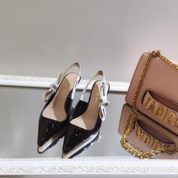 sandali italiani Sconti Nuove donne italiane di marca estate sandali in pelle verniciata a punta scarpe casual con tacco alto da donna 35-40 dimensioni, 1231654