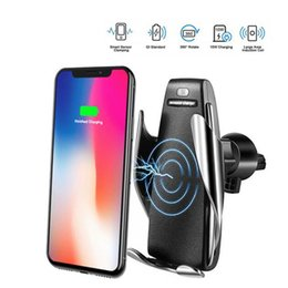 Caricabatterie iphone 5w online-Nuovo caricabatteria da auto wireless S5 automatico da 10w 7.5W 5W Supporto da ricarica veloce per iPhone xr Huawei Samsung Smart Phone Airpower