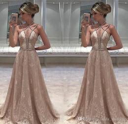 2019 Sexy Afrique Du Sud Sans Manches Robe De Soirée Pas Cher Chic Dentelle Longue Dos Nu Robe de soirée Habillé Sur Mesure, Plus La Taille ? partir de fabricateur