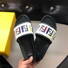 Deutschland Heiße saleSummer neue Männer beiläufige Männer Hausschuhe Sandalen exquisite Kunstfertigkeit stilvollen Stil bequemen Fuß supplier style foot sandal Versorgung