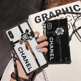 Cordões impressos on-line-Impresso flor letra do telefone móvel case para iphone xs max xr x 7 7 mais 8 8 plus 6 6 mais tpu lado macio + tampa traseira dura com cordão