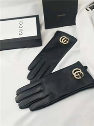 Большие кнопки пояса онлайн-2019GG осень / зима кнопка большого стандартный жемчуга, супер мягкий в кожаных теплых перчатках, качество роскоши, полный комплект упаковки ременной коробки для продажи