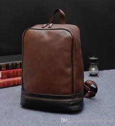 Özgün tasarım mens marka çanta sözleşmeli çılgın at deri erkekler büyü renk antik yollar geri sırt çantası İngiliz rüzgar erkekler seyahat çantaları cheap restore leather bag nereden deri çantayı geri yükle tedarikçiler