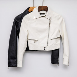 Кожа белая женская куртка онлайн-New Arrival 2019  Autumn Motorcycle White leather jackets black leather jacket women coat slim PU jacket