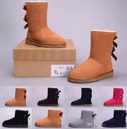 Дешевые серые галстуки онлайн-Новая РГД Австралия Классических снегов сапоги высокого качества Дешевые женщины Bow Tie голеностопных зимние ботинки мода скидка обувь черного серый красный XMAS подарок