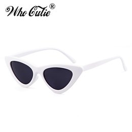 2019 lentes de lentes vermelhas atacadistas Atacado-Triângulo Pequeno Olho De Gato Óculos De Sol Sexy Mulheres Ocean Film Lens Cateye Quadro Clássico Preto Vermelho Matiz Óculos De Sol Polit Optical Shades lentes de lentes vermelhas atacadistas barato