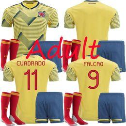 oregon ducks shorts Rabatt 2019 Adult Kit Kolumbien Fußball Jersey Copa America Heim CUADRADO Rodriguez JAMES FALCAO 19/20 T-Shirt Kolumbien Herren Sets Fußball Trikots