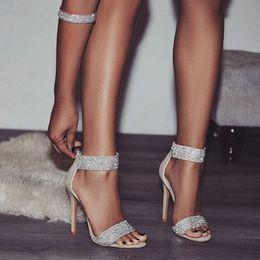 Chaussures élégantes en Ligne-Luxe Cristal Talon Sandales Marque Conception Sexy Bling Strass Talons Hauts Femmes Sandales Élégant Parti Chaussures Femmes A058