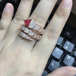 Mehrschichtiger offener Strass Ring weibliches Temperament Silber Ring Schmuck