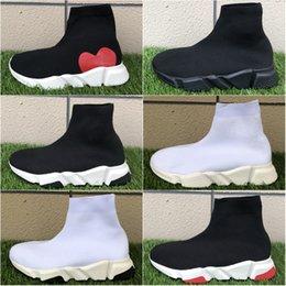 Top Qualität Designer Speed Trainer Socke Schuhe Männer Frauen Triple Schwarz Weiß Rot Glitter Volt Herren Trainer Läufer Casual Sport Turnschuhe von Fabrikanten