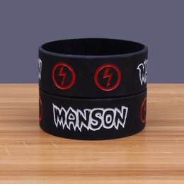Braccialetti rock band online-1PC Marilyn Manson Braccialetti in siliconeBangles Wide Version Band Heavy Metal Music Band Prog / Art Rock Silicone Wristband SH281