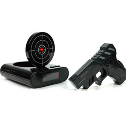 orologi per gadget Sconti 1 Set sveglia della pistola tiro sveglia Recordable gadget target Desktop Digital Comodino Snooze Table Alarm Clocks regalo creativo
