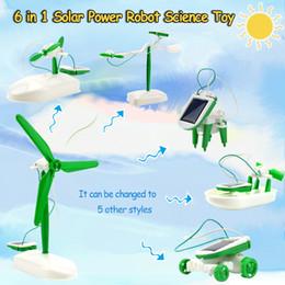 2019 gadget dell'automobile solare 6 in 1 Solar Power Robot Kit Assemblaggio Gadget Aereo Barca Car Train Model Science Education Toy Gift for Boys Kids Favore di partito gadget dell'automobile solare economici