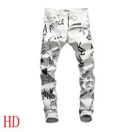 Nuevos jeans patrón chicos online-2019 nueva moda para hombre Skinny Jeans Ripped Slim Fit estiramiento apenado desgastado Biker Jeans niños patrones bordados lápiz pantalones # 2048