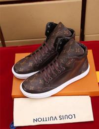 2019 zapatos de cuero puro para hombres No Box Hombres Zapatillas de deporte de cuero Calzados informales Balck Hombres puros mujeres zapatos planos tamaño 39-46 zapatos de cuero puro para hombres baratos