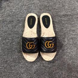Argentina 2019 Diseñador de lujo Azul Rayas blancas Sandalias Denim Zapatillas Slipprs de marca Damas Verano playa al aire libre causal Chanclas cheap denim flat sandals Suministro
