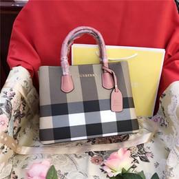 sacos do favor médio Desconto Designer-New Designer Mulheres Shoulder bag Bandoleira Sacos Moda Messenger Bag Bolsas Feminino de alta qualidade Totes