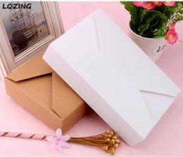 2019 papel de regalo rojo de navidad Caja de pastel de papel Kraft natural de 20 piezas Caja de embalaje de regalo de fiesta de postre blanco de alta calidad Paquete de nueces de caramelo de galleta Cajas de embalaje de bricolaje