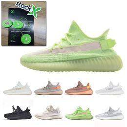 Reflexivo amarillo online-Stock X 2019 Glow Hyperspace True Form Clay Static Reflective Mens Zapatos para correr Kanye West Cream White Mujer Zapatillas deportivas Tamaño 36-48